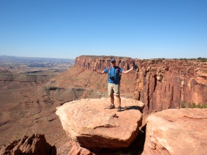 Canyonlands National Park - it's a long ways down!