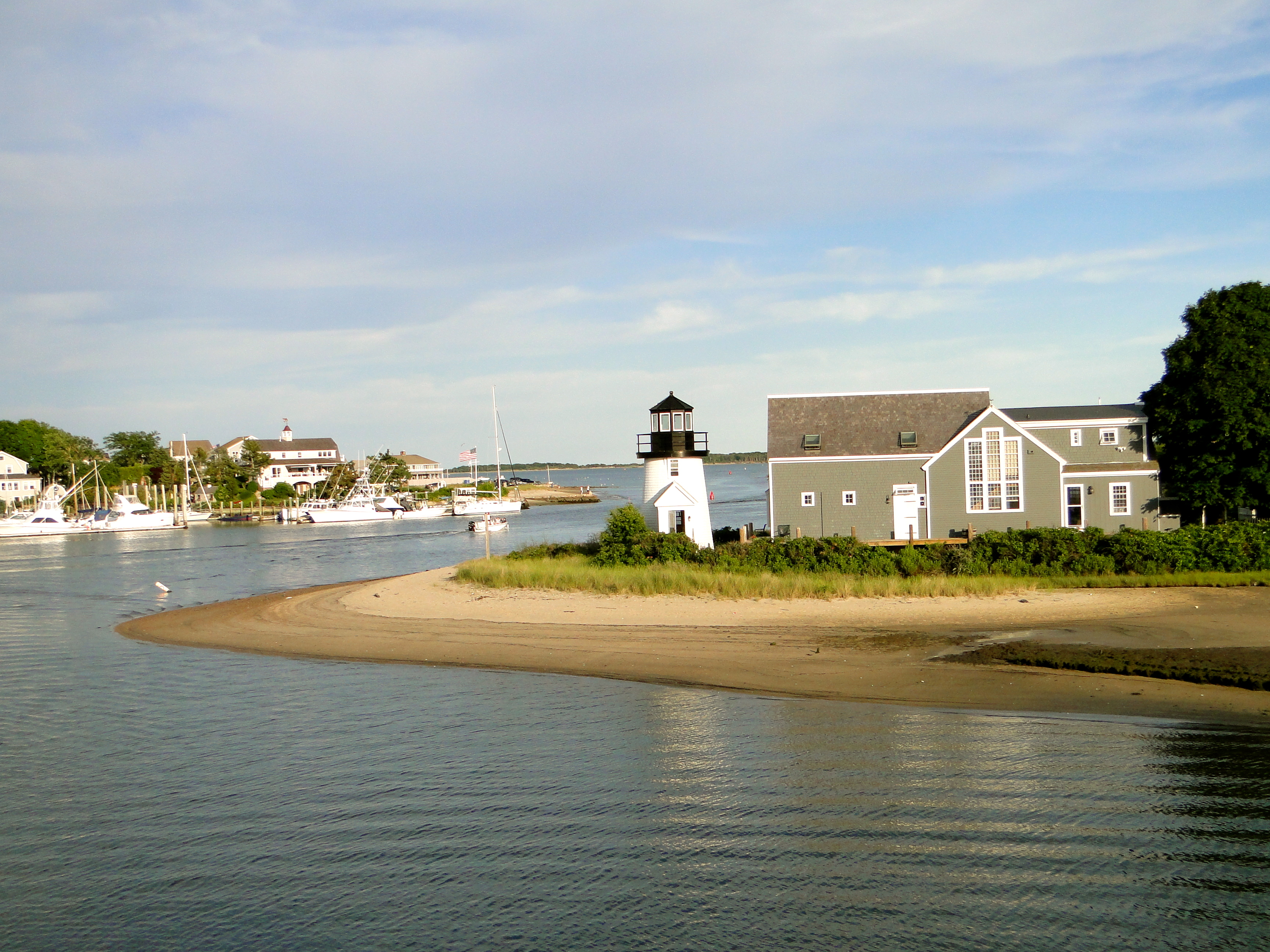 hyannis single personals Cape cod singles group for people over 50 years old dining, movies, home parties and meeting new people to share good times cape cod singles group for people over 50 years old dining, movies, home parties and meeting new people to share good times.