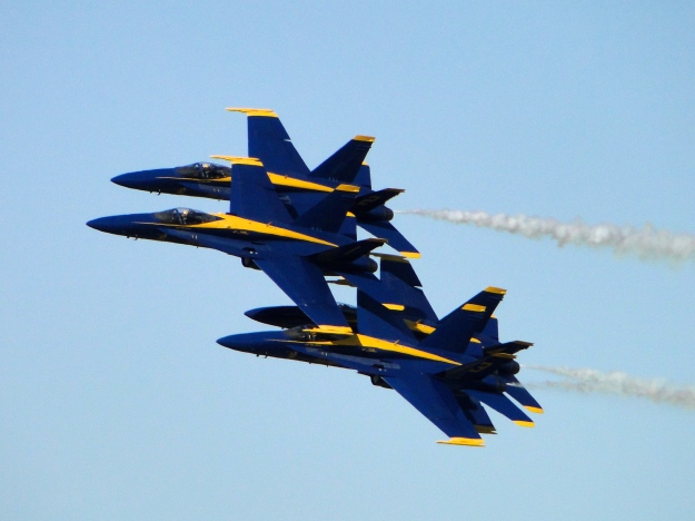 Blue Angels, less than 3 feet separates them